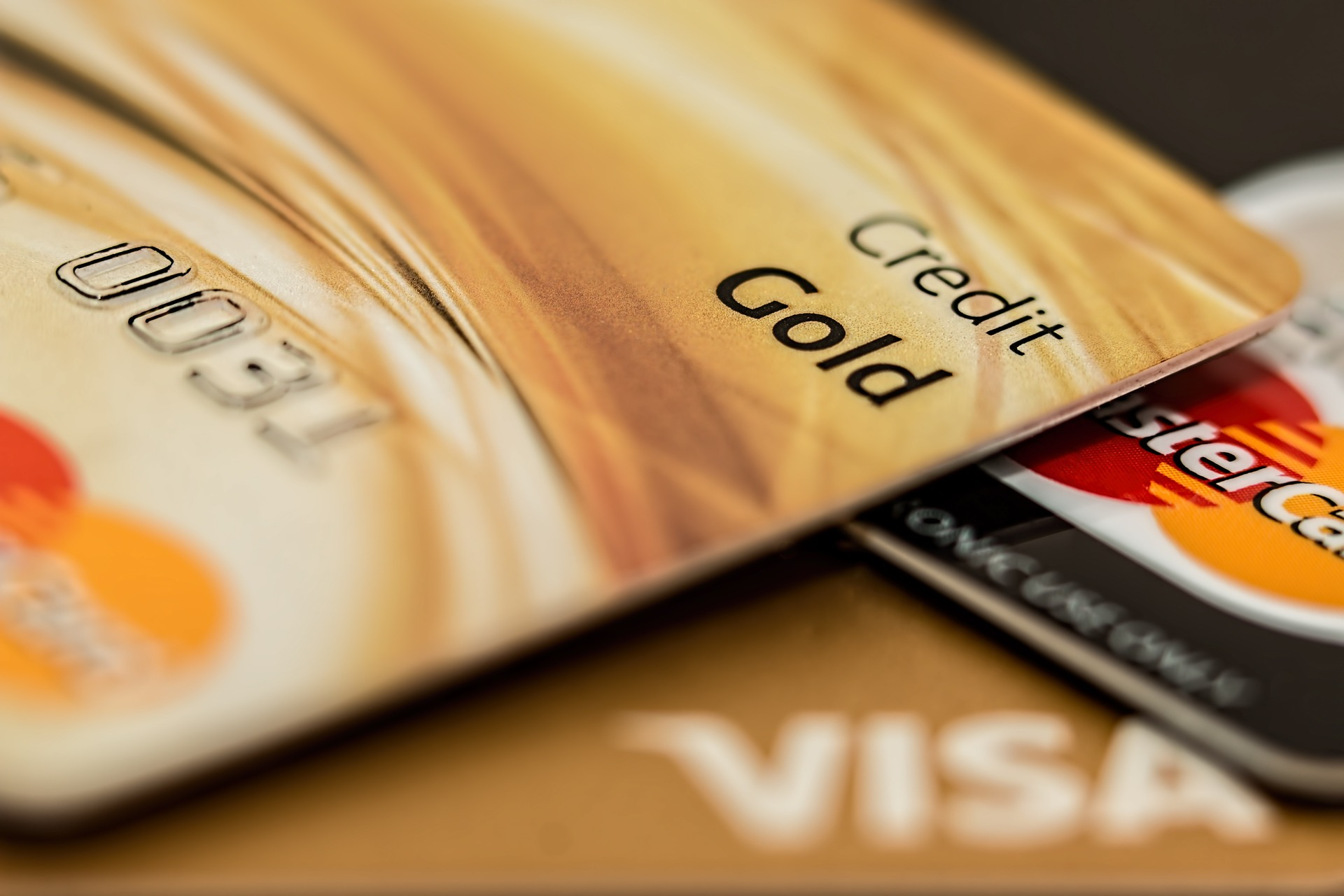 借錢案例-用小額借款解決卡費遲繳的問題,避免信用瑕疵|4497借錢網